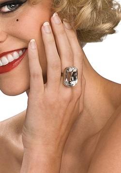 Anillo de diamante para disfraz