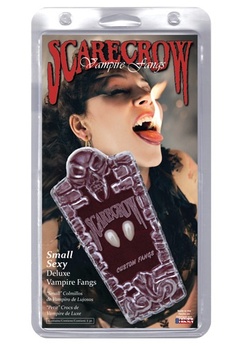 Dientes pequeños de vampiro