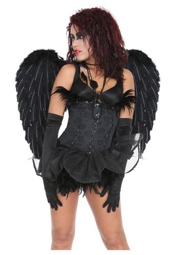 Alas negras de ángel celestial