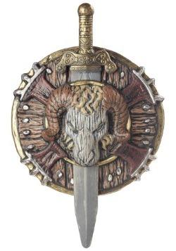 Escudo y espada de combate bárbaro