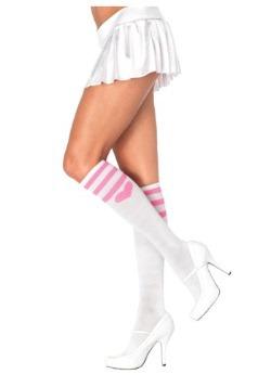 Calcetines blancos con corazones rosas