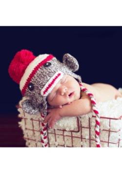 Sombrero de mono de calcetín para bebé