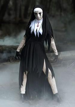 Disfraz de tamaño de la monja terrible para mujer