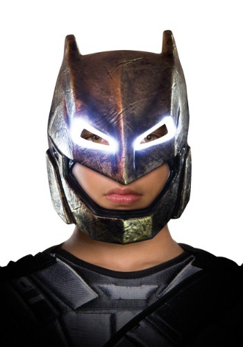 Máscara de Batman Dawn of Justice Blindada Light-Up niños