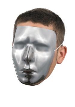 Máscara cromada masculina en blanco